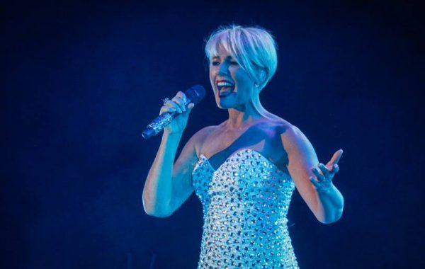 Dana Winner (Gallery)