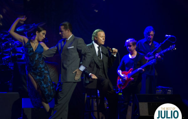 Julio Iglesias World Tour (Gallery)